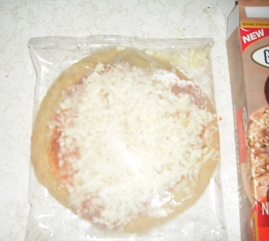 glutino 3 cheese pizza bag