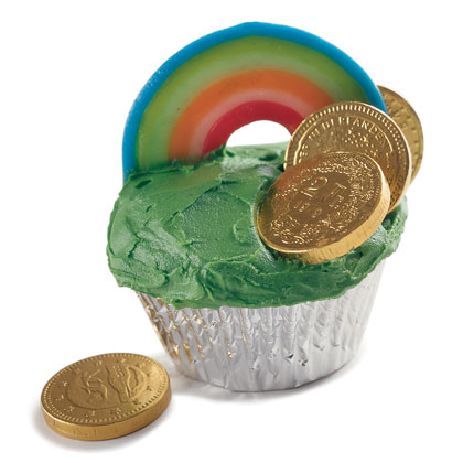 disney family fun rainbow cupcakes