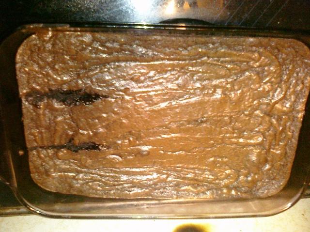 wordless wednesday cutting brownies in pan