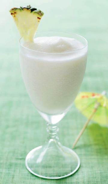 101 Tropical Drinks - pina colada