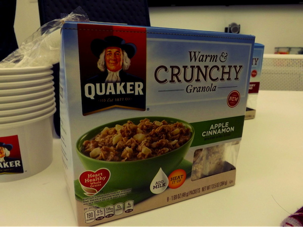 Quaker's New Warm & Crunchy Granola Makes Everyday #CrunchDay!