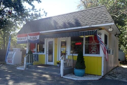 The Sandy Shack, Brick NJ Restaurant Review - Restaurant.Com #ReviewCrew