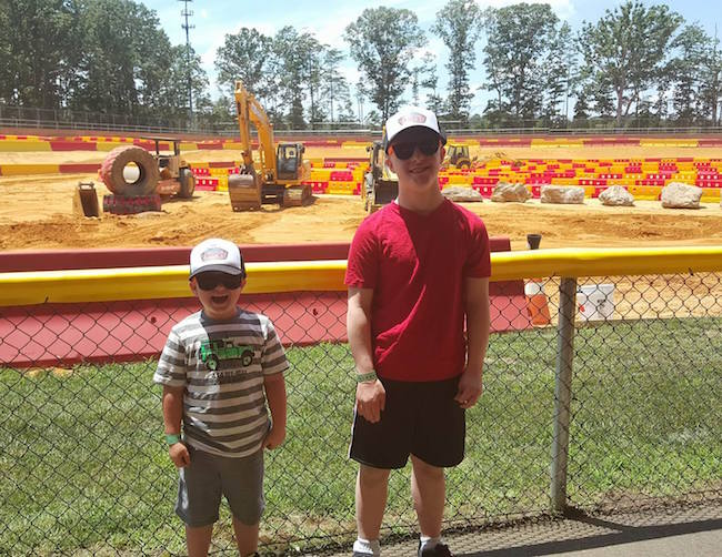 Sprout Channel's Terrific Trucks Preview At Diggerland