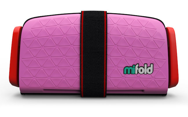 Mom Knows It All Review - mifold Grab-and-Go booster seat