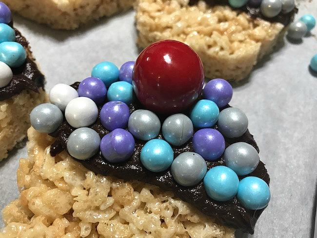 Crispy Candy Cupcake Treats Recipe - Celebration by Frey #MomBlogTourFF