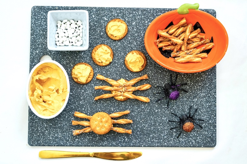 Spider Crackers, A Fun Halloween Snack Recipe From Val's Kitchen